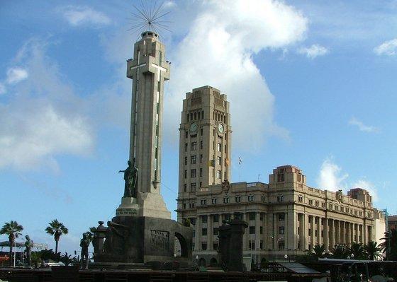 2012575-Plaza_de_Espana_Santa_Cruz-Santa_Cruz_de_Tenerife