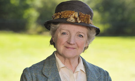 Miss-Marple-Julia-McKenzie