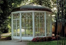 www.edelweisspatterns.com-550 × 376-Buscar por imágenes Liesl and Rolf sound of music dance original gazebo. The famed Salzburg gazebo associated ...