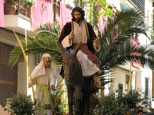 http://www.aciprensa.com/Semanasanta/ramos.htm