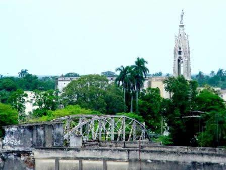 20130407162653-sagua-puente-arreglada