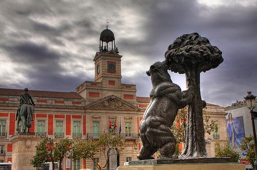 El Oso y El Madroño, Madrid  by **Anik Messier**